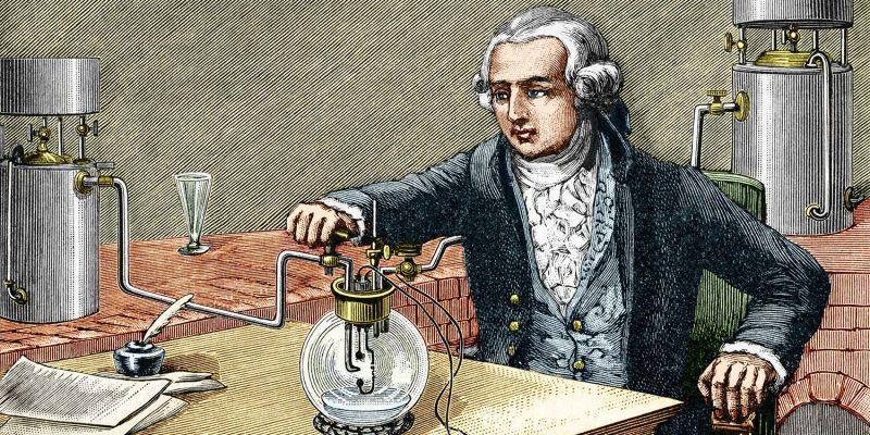 Антуан Лавуазье получил водород пропуская пары воды через раскаленное железо